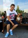 Steven Iwan, 35  , Berlin