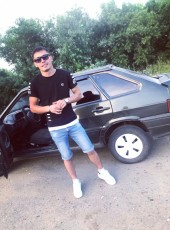 Raif Aglyandyanov, 26, Russia, Yurga