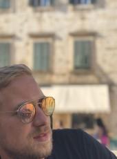 Tom, 28, France, Metz