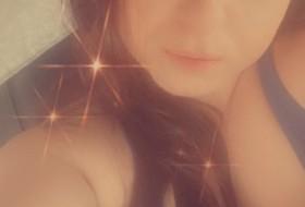 christa, 30 - Just Me