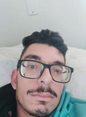 Carlos, 21, Brazil, Teutonia