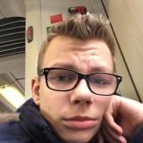 Tom, 21  , Scharbeutz