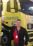 Aleksandr, 31  , Saint-Germain-les-Corbeil