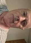 Patrick, 61  , Grenoble