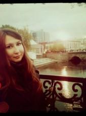 Anyuta, 31, Russia, Saint Petersburg