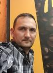 Eduard, 43  , Spalding