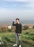 Efe, 18  , Istanbul
