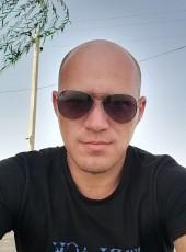 Dmitriy, 38, Russia, Georgiyevsk