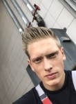 roy, 25  , Almere Stad