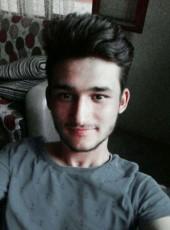 İbrahim, 23, Turkey, Kozan