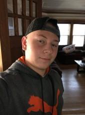 Zach, 19, United States of America, Syracuse (State of New York)