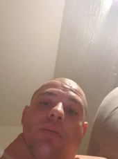 Antonio , 35, Italy, Cavallino