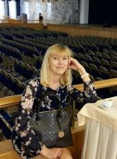Галина, 56, Россия, Москва