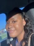 makya, 18, Memphis