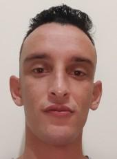 Paulo Vitor, 30, Brazil, Uberlandia