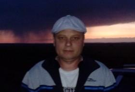 Vitaliy, 39 - Just Me
