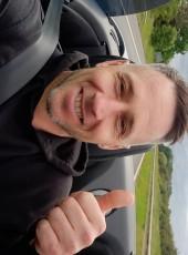 Garry, 44, United Kingdom, London