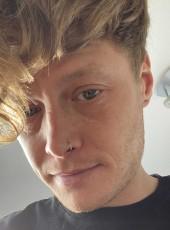 Scott, 33, United Kingdom, Desborough