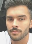 Kiss Tamás, 19  , Budapest