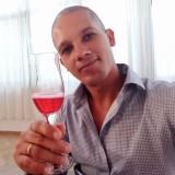 Yasmani, 33  , Airola