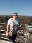 Christine, 66  , Marche-en-Famenne
