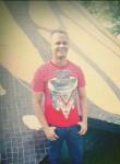 Mario Curiel, 33  , Santo Domingo Oeste