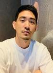 Wyatt, 34, Vientiane