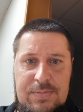 Artur Podust, 33, Hungary, Budapest XIV. keruelet