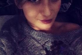 Olya, 32 - Just Me