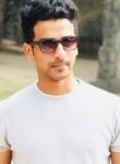 Praveen, 28  , Pune