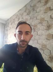 Nazmi, 30, Turkey, Ankara
