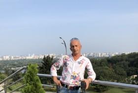Zhenya, 44 - Just Me