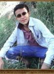 Omaralazizi, 21  , Sanaa