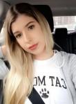 Nicole, 21  , New York City