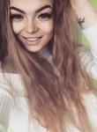 Anna, 24  , Moscow