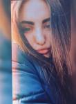 Ksenya, 21, Magadan