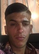 Vincenzo, 26, Italy, Milano