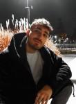 alex, 23, Meyrin