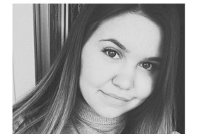 Elena, 22 - Just Me