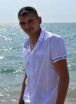 Sergey, 32  , Molodyozhnoye