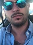 Luca, 30  , Alba