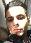 malek, 32  , Orsay