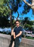 @john, 30, Melbourne