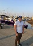 Vitalik, 31  , Everett (State of Washington)