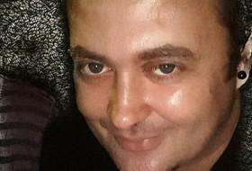 Alexander, 38 - Just Me