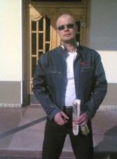 Roman, 35, Russia, Magadan
