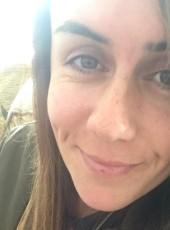 sarah, 30, Isle of Man, Douglas