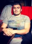 Alfredo, 23, Lobnya