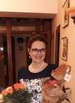 Irina, 47, Chisinau