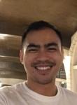 Ed, 28, Macau